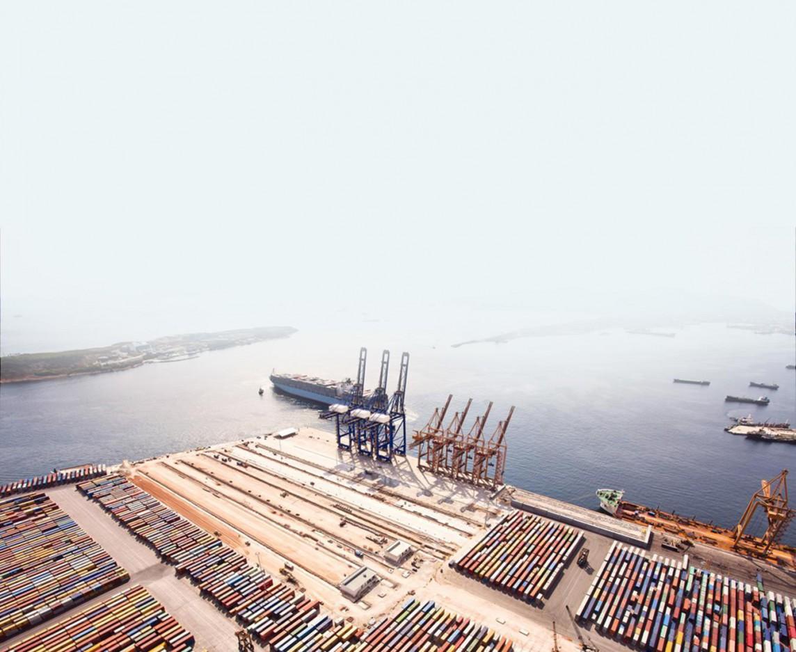 We provide customs warehouses