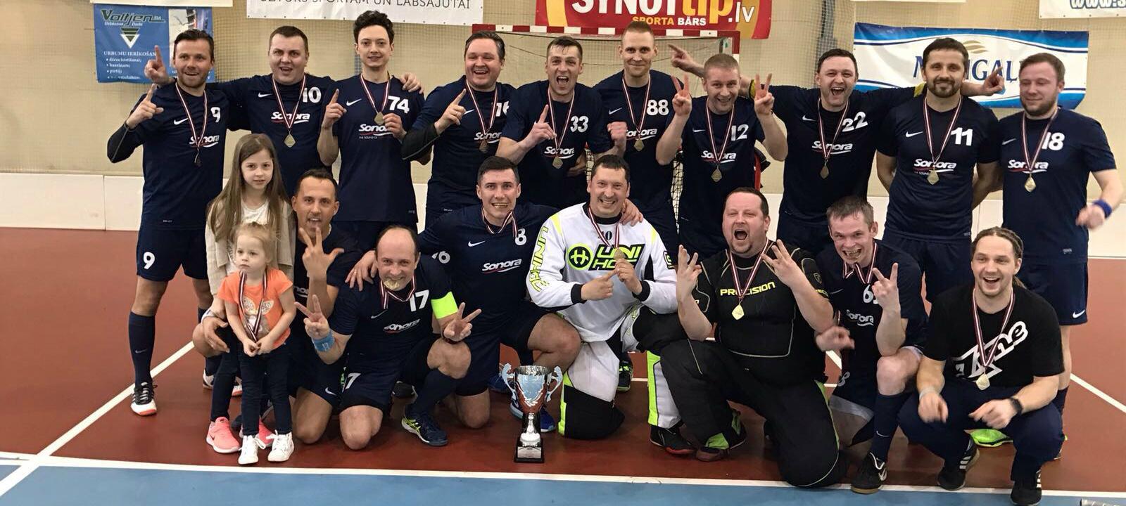Флорбольная команда SONORA в очередной раз завоевывает чемпионский титул