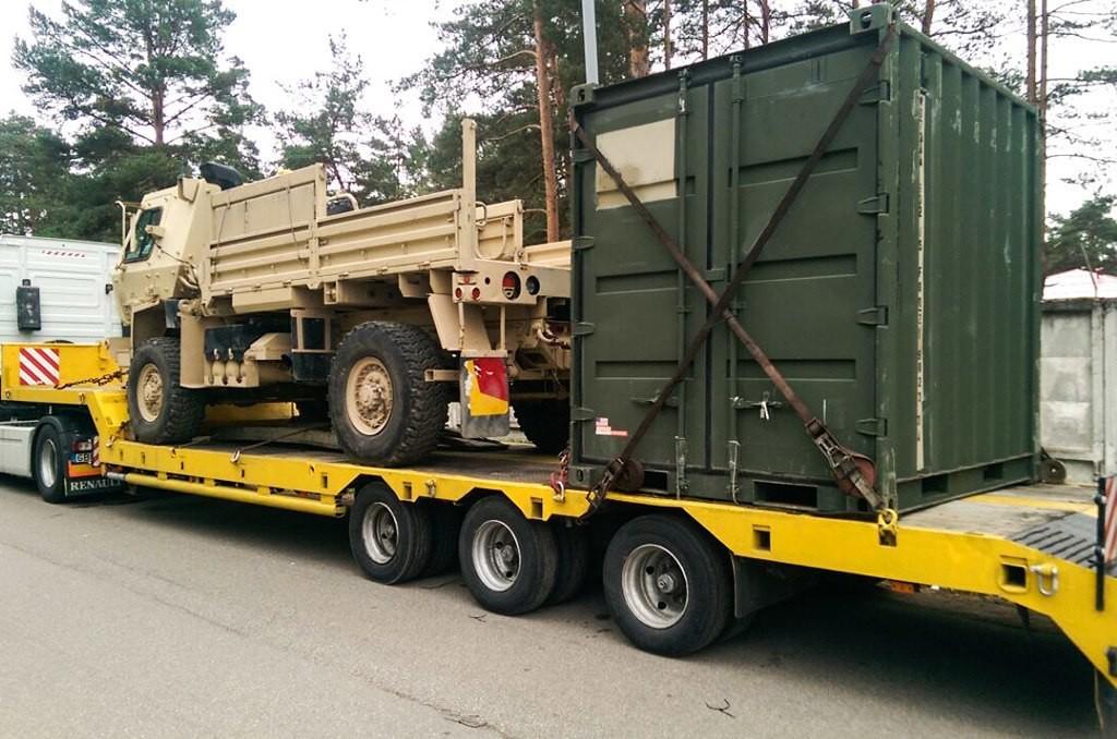 Militāro kravu pārvadājumi militāro mācību ietvaros