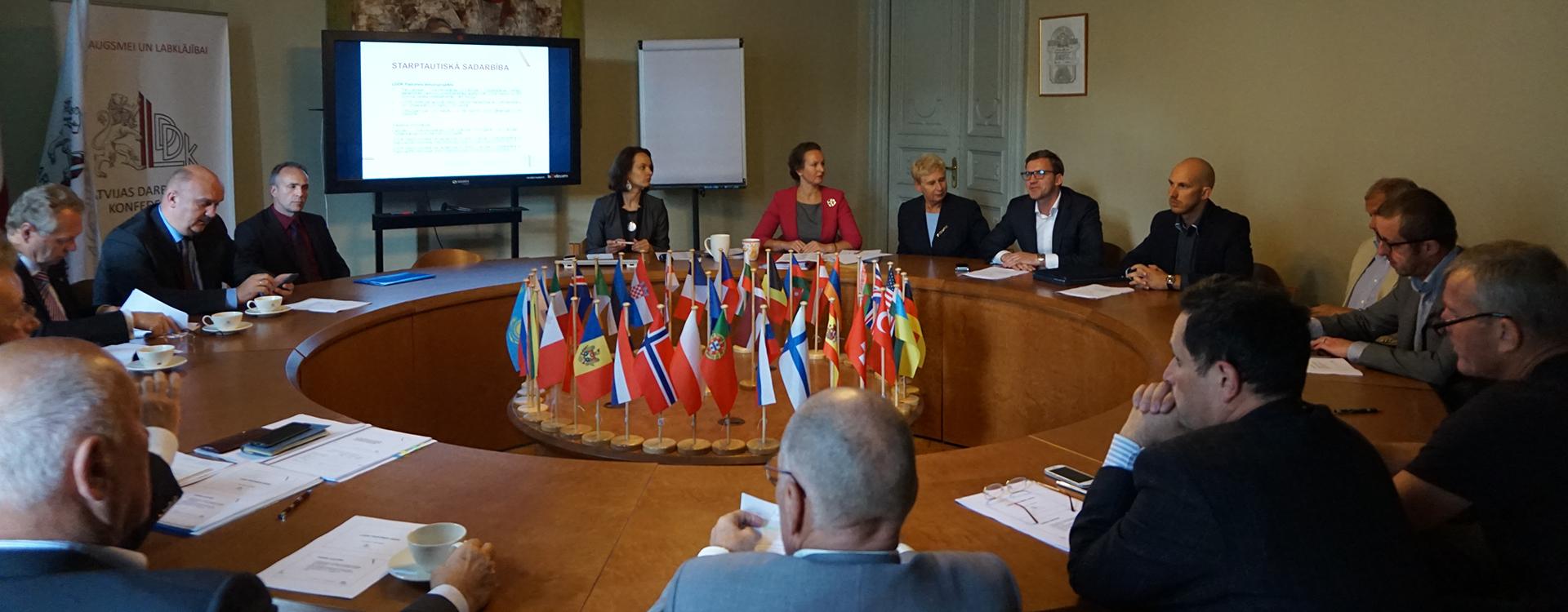 LDDK izveido lietišķās sadarbības padomes (LSP) sadarbībai ar Uzbekistānu un Turkmenistānu
